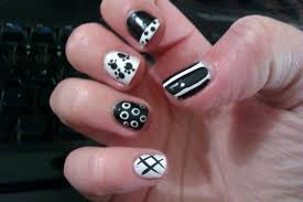 Cute & Classy Nail Designs for Short Nails to Do at Home