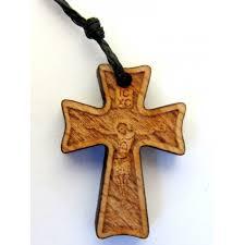 wooden cross pendant no 42
