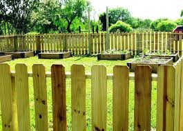 temporary yard fence. Temporary Backyard Fence Ideas For Build Free Standing Outdoor Yard Image Of .
