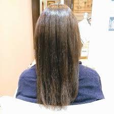 流行りのベージュ系カラーです これから春に向けて髪色を明るくするか