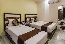 oyo 8193 hotel pearl view mumbai standard double or twin room 1 double