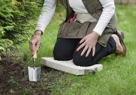 garden kneelers. Unique Kneelers Go Easy On The Knees With One Of These Supportive Garden Companions On Garden Kneelers N