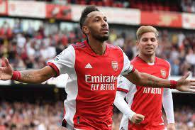 Aubameyang winner lifts Arsenal off the ...