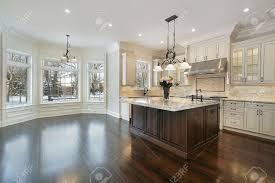 Love The Light Cabinets And Dark Island Kitchens Two Tone