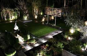 outdoor backyard lighting photo 3