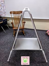 How To Make A Pvc Pocket Chart Stand Diy Easel For Your Classroom The Owl Teacher