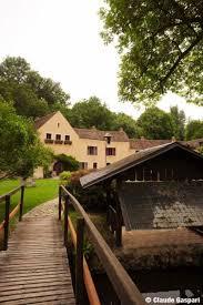 le moulin de villeneuve entrée du moulin de villeneuve le bureau d aragon moulin de villeneuve 78730 saint arnoult en yvelines maison elsa triolet