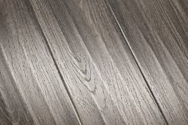 feather step silvered oak laminate flooring with knife texture