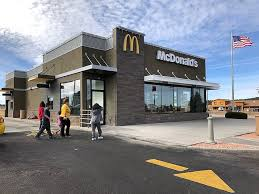 new mcdonalds building. Wonderful Mcdonalds After Several Months Of Renovations McDonaldu0027s Heads Into 2018 With A New  Facade In New Mcdonalds Building O