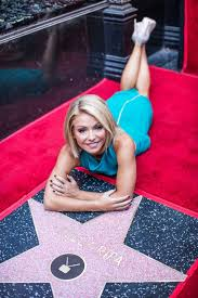 Kelly Ripa s life in photos Photos ABC News