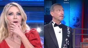 Paola Ferrari ai Soliti Ignoti, il gesto di Amadeus spiazza tutti. Fan  increduli: «È la prima volta che succede...» - Il Mattino.it