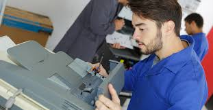 Printer Technician How To Choose The Best Printer Repair Specialists Jdyoung Com