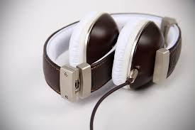 polk audio archives mikeshouts polk audio buckle and hinge headphones