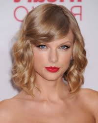 7 Geheimen Over Korte Kapsels Krullen Kapsels Halflang Haar