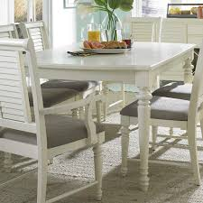 Broyhill Furniture Seabrooke Turned Leg Dining Table Fmg Local