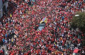 Chavez con su pueblo