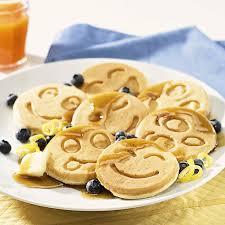 Amazon Nordic Ware Smiley Face Pancake Pan Kitchen & Dining