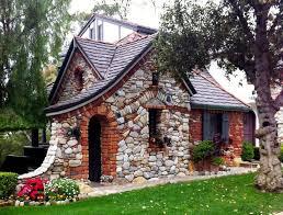 Best 25+ Fairytale cottage ideas on Pinterest | Cottages, Small cottage  homes and Cottage homes