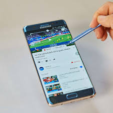 Samsung Galaxy Note 7: US cellphone carriers suspend replacement efforts |  Galaxy Note 7 | The Guardian