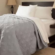 lavish home solid color silver full queen bed quilt