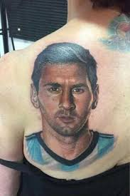 фанатка в 54 года сделала тату с изображением месси чемпионат