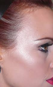 for an over glow mac honour is a great colour to finish your make up with