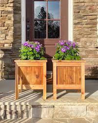 build an outdoor planter from cedar wood