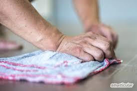 Natürliche putzmittel und waschmittel biologisch abbaubar sorgen für sauberkeit im 21. Fussboden Reinigen Mit Hausmitteln Naturlich Und Effektiv