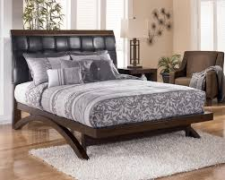 Minburn Queen Upholstered Sleigh Platform Bed by Signature Design by Ashley