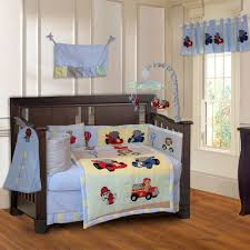 image of race car crib bedding dsign