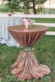 20 perfect wedding tail table