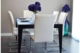 La hauteur idéale d'une table de salle à manger est de 70 cm ...