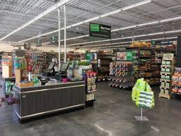 pet supplies plus store. Interesting Store Nearly Three Decades After First Setting Up Shop In Suburban Detroit Pet  Supplies Plus Has Opened Its 400th Store This May Coconut Creek Florida Throughout Store U