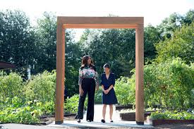 House And Garden Kitchens First Lady Michelle Obama Dedicates White House Kitchen Garden And