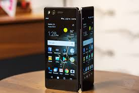 Ztes Axon M Has Two Screens And A Hinge The Verge