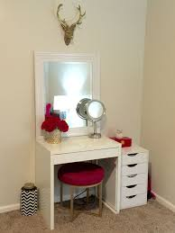 Makeup Room Ideas #Makeup room DIY (Makeup room decor) Makeup Storage Ideas  For
