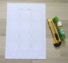 Tips for cutting hexagon templates - Geta's Quilting Studio & Do you need hexagon templates for English paper piecing NOW? Click through  to download printable Adamdwight.com