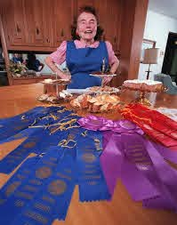 Marjorie Johnson, Minnesota's most famous baker, turns 100 and keeps on  sifting | Star Tribune