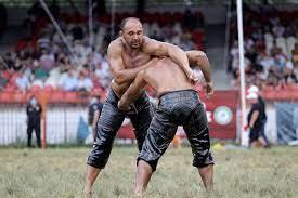 Ali Gürbüz wins gold belt in Turkey's Kırkpınar oil wrestling