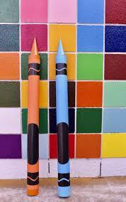 diy giant crayon tutorial so much fun for back to school photos a classroom