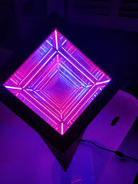 picture of rgb infinity cube