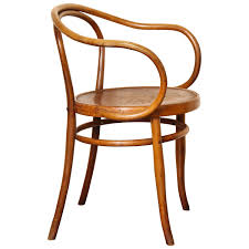 bentwood b 9 chair by michael thonet manufactured by jacob josef kohn