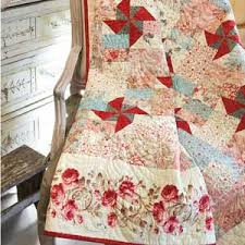 Paris Market: Quick Elegant French Floral Lap Quilt Pattern plus ... & Paris Market: FREE Queen Size Quilt Pattern Download Adamdwight.com