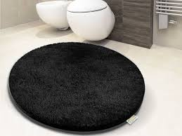 round black bathroom rugs