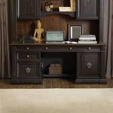 Hooker Furniture Treviso Executive Desk & Reviews