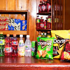 Interview: the Owners of the Super Snack Store
