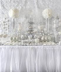 ALL WHITE BABY SHOWER-decorations2