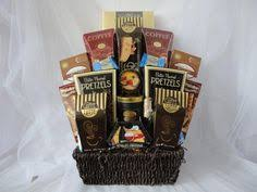 a montreal gift basket pany we offer a variety of pre made or customized chocolate and baby gift baskets