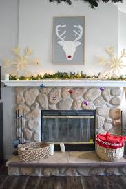 Decorating Holiday Mantels  Traditional HomeChristmas Fireplace Mantel