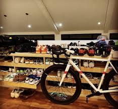 Cyclo coffee & apparel telah menjadi wadah berkumpulnya komunitas sepeda. Bike Friendly Coffee Shops Cafes Whats New Indonesia